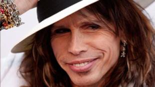 Steven Tyler tagadja, hogy felbomlott volna az Aerosmith