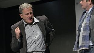 """""""Sima felszín mögött érdes szomorúságok"""" - interjú Bálint Andrással"""