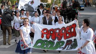 Őrült franciákkal dübörögtek a Pécsi Egyetemi Napok