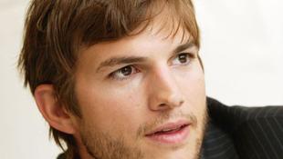 Ashton Kutcher csalónak érzi magát