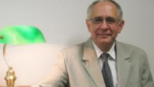 Rektor kapta a rangos irodalmi díjat