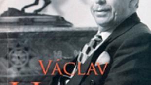 10.000 eurós irodalmi díjat kapott a politikus