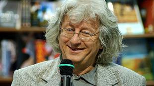 Esterházy Péter író Újdelhiben vendégeskedett
