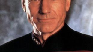 Lovaggá ütötték a Star Trek sorozat kapitányát
