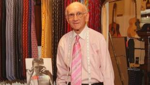 Elhunyt Bernard Lansky