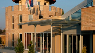 Sok ügyfelét megkopasztotta a siófoki szálloda