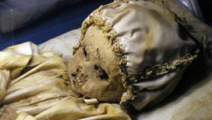 Végighaknizzák a világot a magyar múmiák