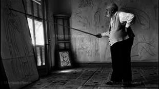 A vatikán meghajol a laikus miseruha-designer előtt