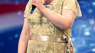 Megverték Susan Boyle-t