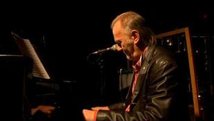 Maratoni koncertet adtak Szaniszló János zongorista megsegítésére