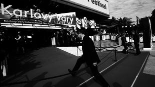 Travolta díjat kapott Karlovy Vary-ban