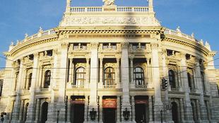 Válságban a bécsi színház