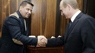 Parlamenti képviselőt csináltak Putyin kedvenc rocksztárjából