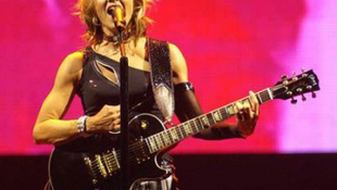 Sehol nem léphet fel Madonna?!