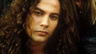 Váratlanul elhunyt az Alice in Chains gitárosa