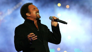 Novemberben Tom Jones koncert a Sportarénában!