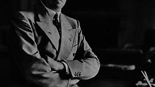 Ma árverésre bocsátják Hitler íróasztal készletét