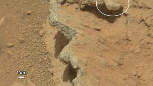 Víz nyomaira bukkantak a Marson
