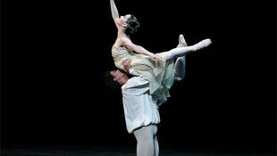 Balett-táncosok küzdenek a melegek jogaiért