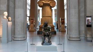 Ismét Rómában pihen az antik bokszoló