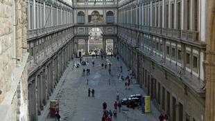 Kulcsra zárták a múzeumot