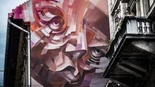 Lengyel művész festett falat a fővárosban