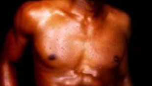 Sztártragédia: zsírleszívás közben halál, majd fájdalmas válás!