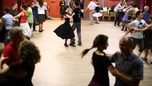 A város legnépszerűbb táncháza a Fonóban