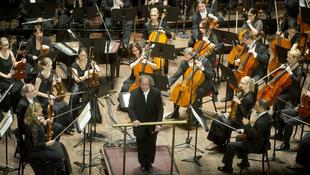 Vastaps Kínában a Concerto Budapestnek