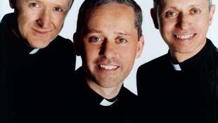 Papok vezetik majd a slágerlistákat?