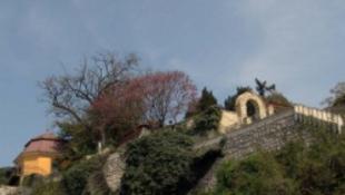 Pécsről úgy kell kimenteni a turistákat