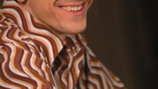 Döntőben a magyar zeneszerző dala, Robbie Williams és Tom Waits pontozza