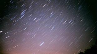 Péntek éjjel ránk zuhannak a csillagok