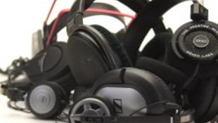 Megsüketülhetünk, ha utcai mp3-játszón hallgatjuk a zenét