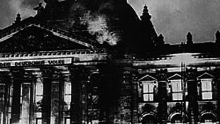 Lángokban a Reichstag