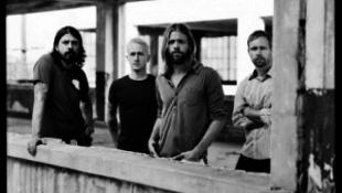 Búcsúzik a Foo Fighters