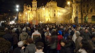 Lagymatag érdekérvényesítés a Kossuth téren