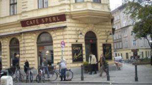 Café Sperl, avagy a Monarchia dicsősége és bukása