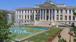Lebontják Szeged egyik jelképét
