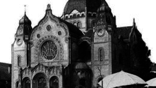Zsolnay-terrakották kerülnek a szabadkai zsinagógára