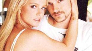 Mit csinált férje háta mögött Britney?