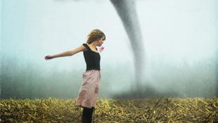 Egy lány túlélt minden természeti katasztrófát