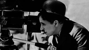 Bélyegre nyomják Chaplint
