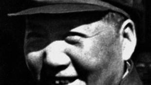 Siófokra érkezik a véreskezű diktátor