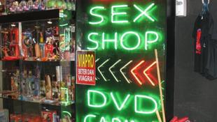 Joghézag: pornót a gyereknek?