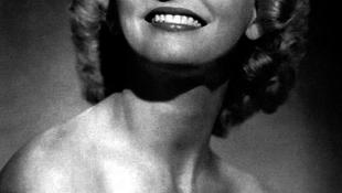Elhunyt a brit énekesnő