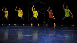 Demonstrációra készülnek a táncórák