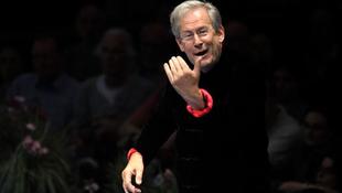 Elnöki posztot kapott a világhírű karmester