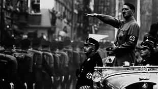 Kiderültek Hitler bizarr betegségei