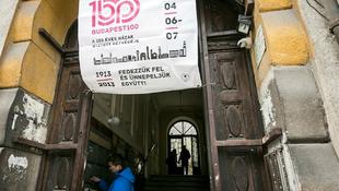 Mit rejtenek a 100 éves házak?